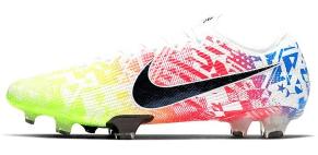 Promoot bijvoorbeeld voetbalschoenen online